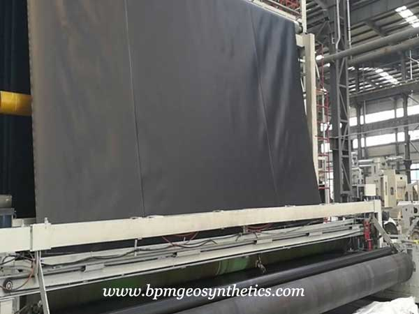 smooth HDPE geomembrane production line