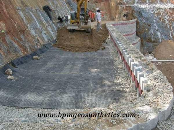 High Quality Fiberglass Geogrid for soil reinforcement